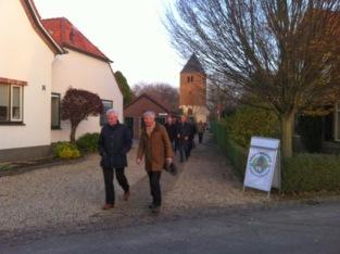 Minister Ronald Plasterk (rechts) en burgemeester Hans Verheijen van Wijchen in Balgoy. Bron foto: DG