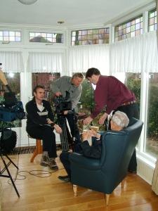 """Harrie Jans tijdens opnames """"Andere Tijden"""""""